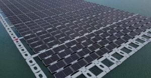 Floating PV: Warum wir mehr Schwimmende PV-Anlagen benötigen - Teaserbild